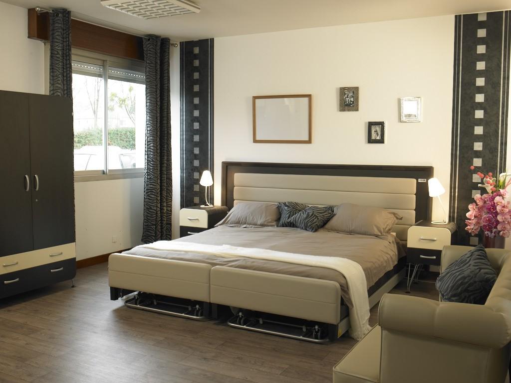 prix lit medicalise. Black Bedroom Furniture Sets. Home Design Ideas