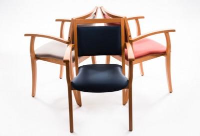 Choisir une chaise pour une personne âgée