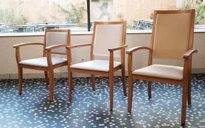 Zoom sur les chaises Design By Acomodo